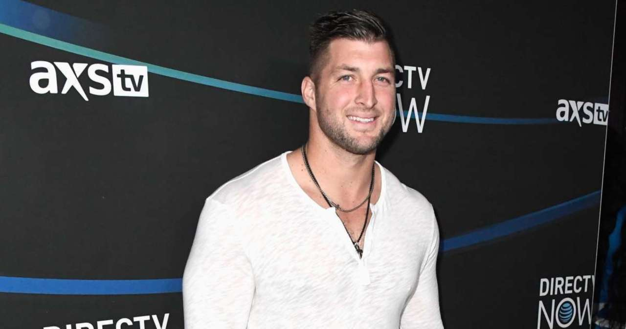 Tim Tebow Opens up About 'Wanting to Be Respected' in 'At Home With the Robertsons' Exclusive Clip.jpg