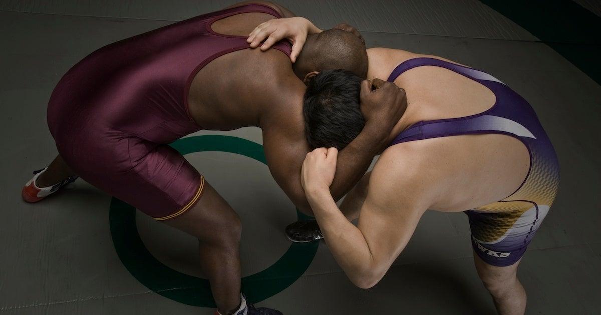 wrestlers-wrestling