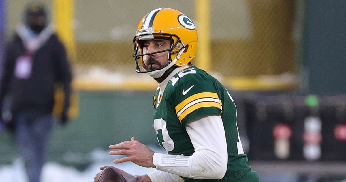 Aaron Rodgers former NFL general manager blasts selfish