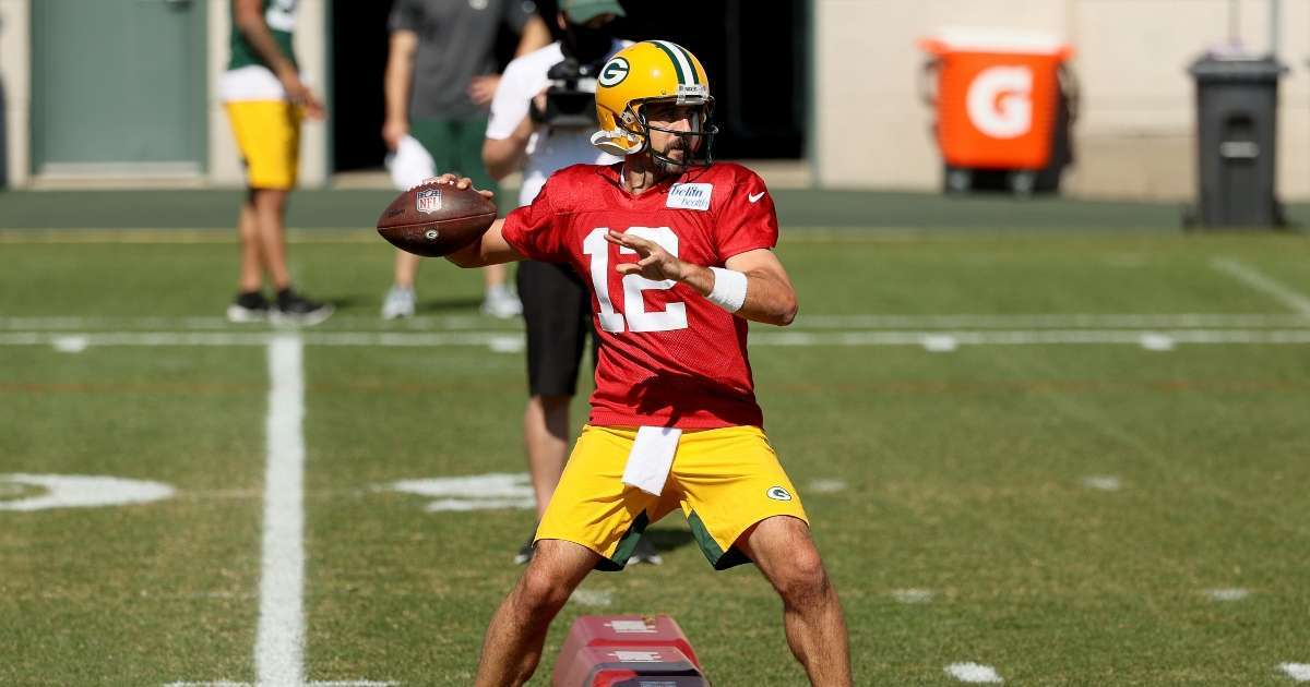 Aaron Rodgers makes decision attending Packers minicamp