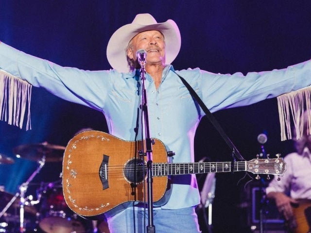 Alan Jackson Raises $2 Million for Tornado Relief After Hometown Benefit Concert