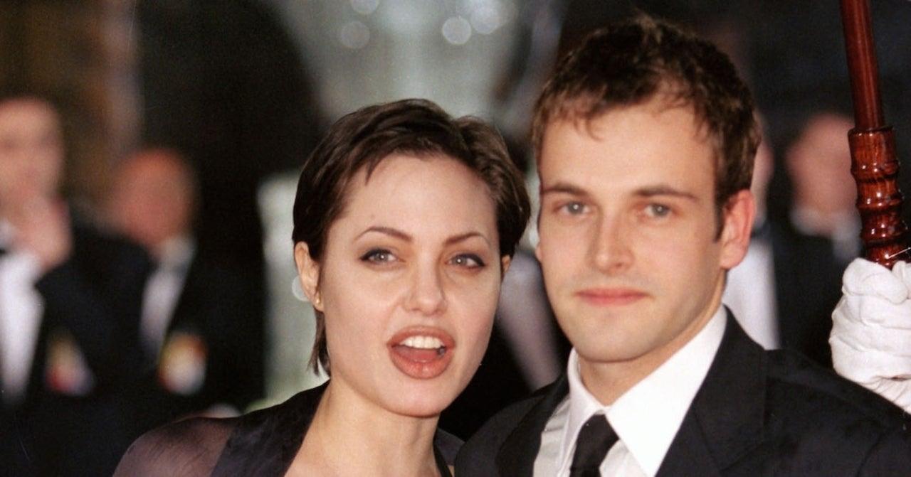 Angelina Jolie Reportedly Reunited With Ex-Husband Jonny Lee Miller in New York.jpg
