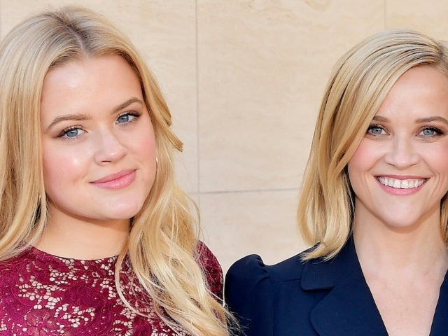 Reese Witherspoon Comments on Daughter Ava Phillippe's Rare Photo With Boyfriend