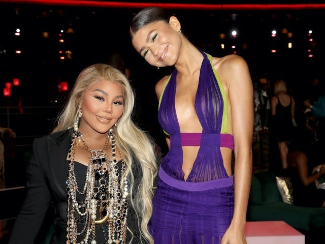 Zendaya Pays Tribute to Beyonce With Iconic Versace Gown at the BET Awards