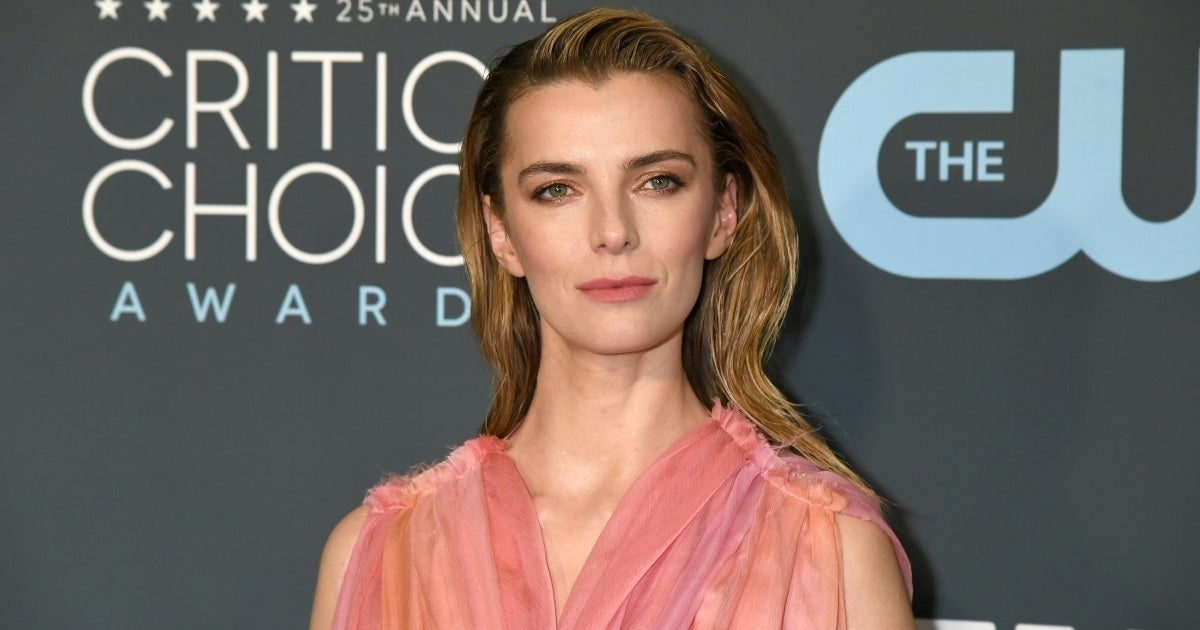 betty gilpin getty images
