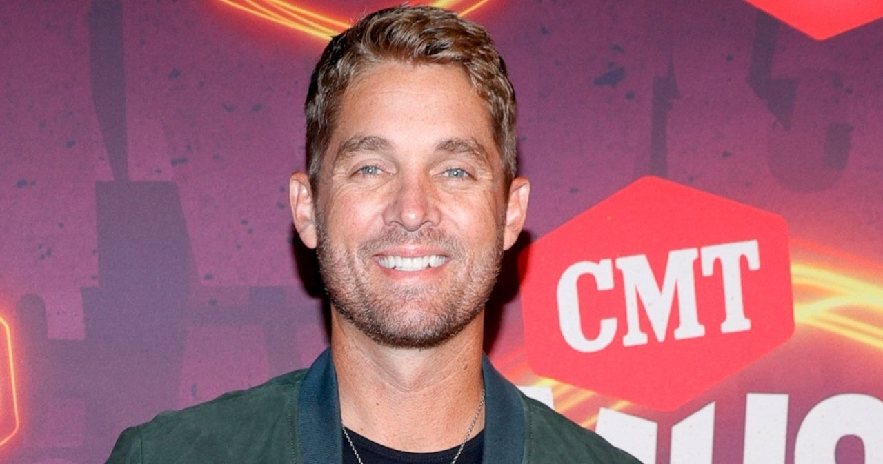 Brett Young Explains His Parenting Superpower.jpg