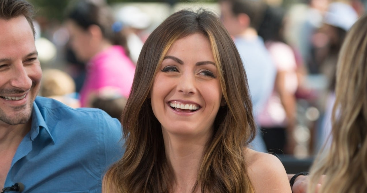Bachelor Nation's Carly Waddell in 'Rough Shape' After She's Rushed to Hospital.jpg