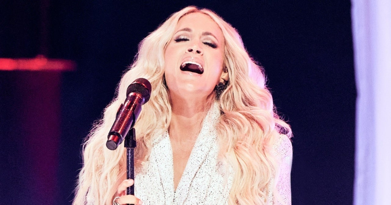 Watch Carrie Underwood and NEEDTOBREATHE's Performance at the 2021 CMT Music Awards.jpg