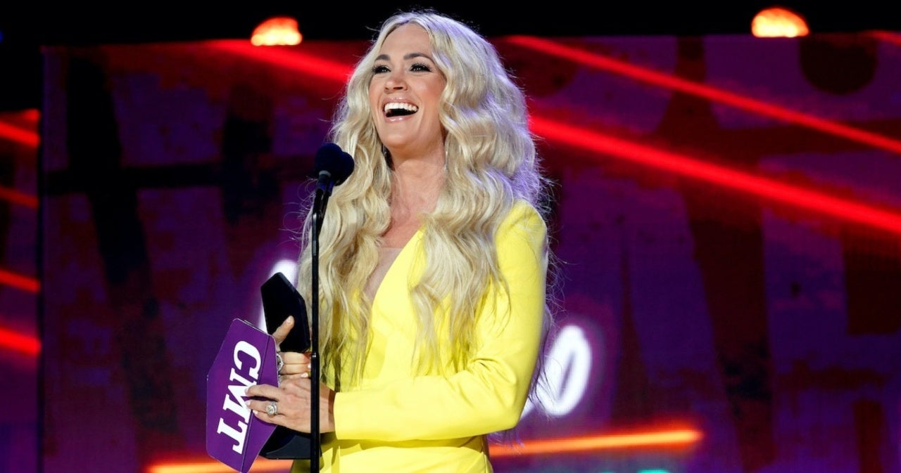 Carrie Underwood Thanks Fans After Winning CMT Video of the Year.jpg