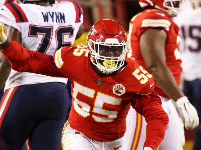Chiefs Defensive Lineman Arrested on Gun Charge in Los Angeles
