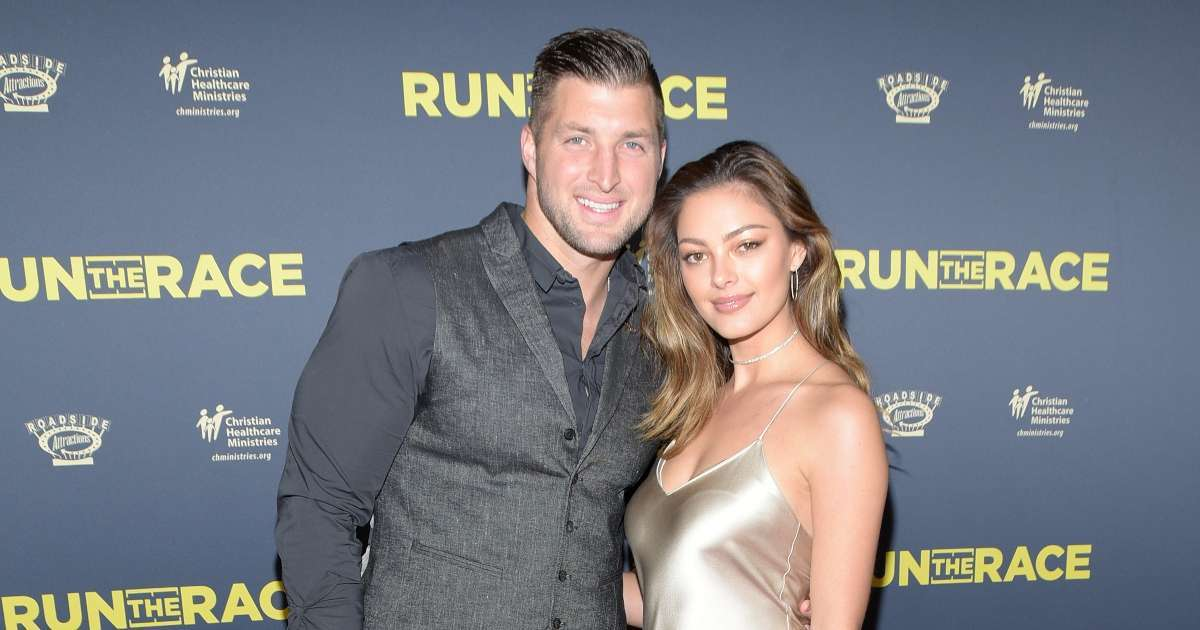 Demi-Leigh Nel-Peters surprises Tim Tebow wearing high school football jersey