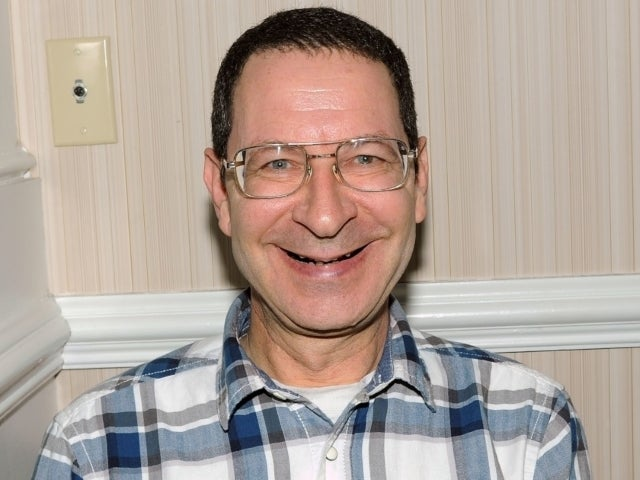 'Grease' Star Eddie Deezen Accused of Harassing Waitress Following Bizarre Facebook Rant About Her Eyelashes