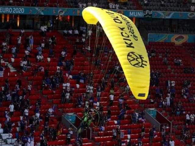 Euro 2020 Protester Parachutes Into Stadium, Injures Several Fans After Crash Landing