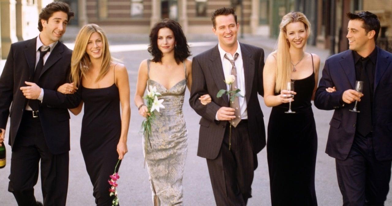 'Friends' Reunion Bonus Footage: Matt LeBlanc Reveals Jennifer Aniston's 'Tell' When She's About to Break Character.jpg