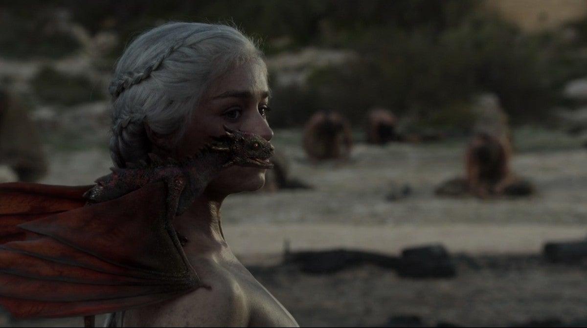 game-of-thrones-season-1-finale-dragons-emilia-clarke-daenerys-targaryen-2