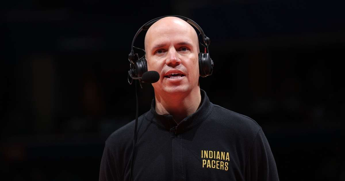 Indiana Pacers coach Nate Bjorkgren fired 1 season