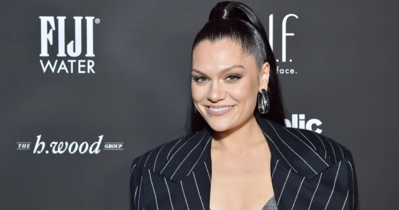 Jessie J Emotionally Reveals Dramatic Throat Condition Battle.jpg