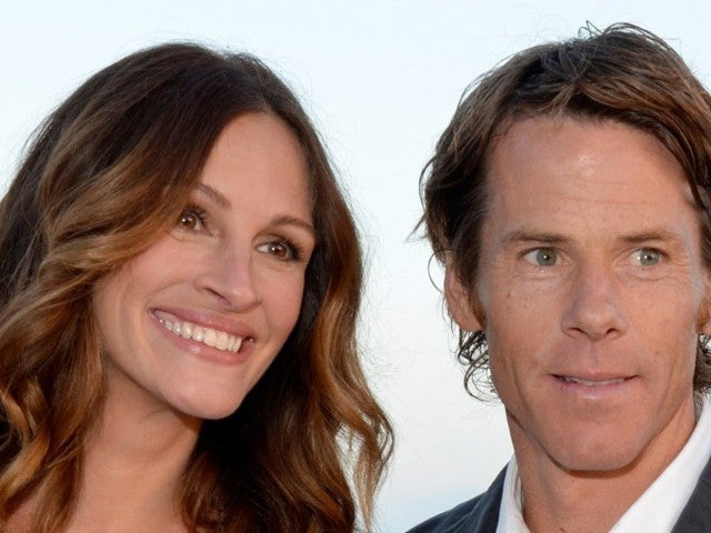 Julia Roberts Dons Purple Swimsuit and Stuns on Rare Family Outing