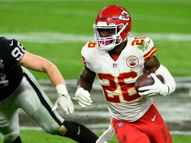 Le'Veon Bell Explains Why He'll 'Never Play' for Chiefs Coach Andy Reid