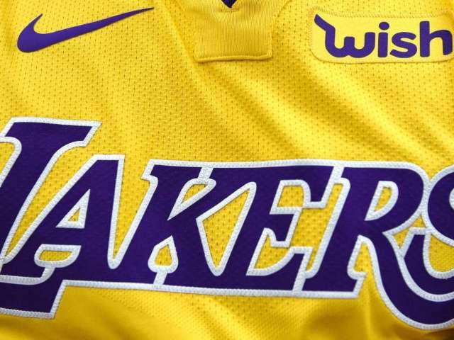 Los Angeles Lakers Sitcom Coming to Netflix