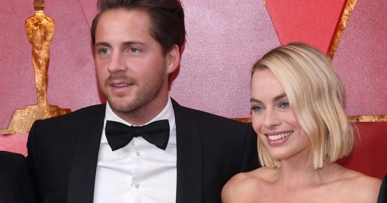 Margot Robbie Makes Rare Comment About Husband Tom Ackerly.jpg