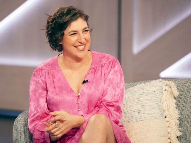 'Jeopardy!' Announces New Spinoff Series Hosted by Mayim Bialik
