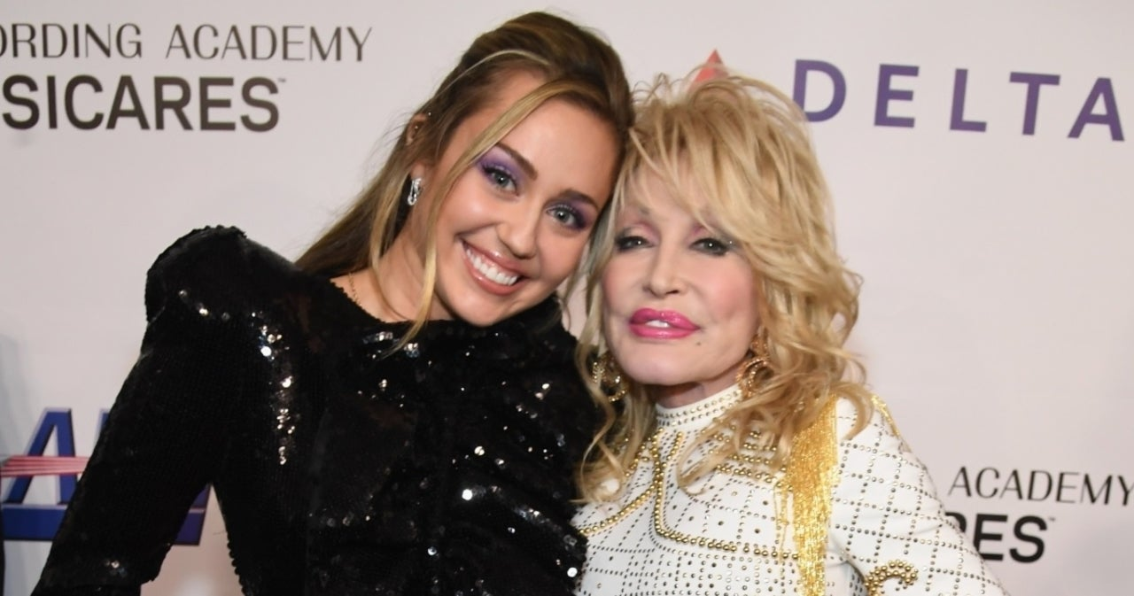 Is Miley Cyrus Starring in a 'KUWTK' Style Reality Show With Dolly Parton?.jpg