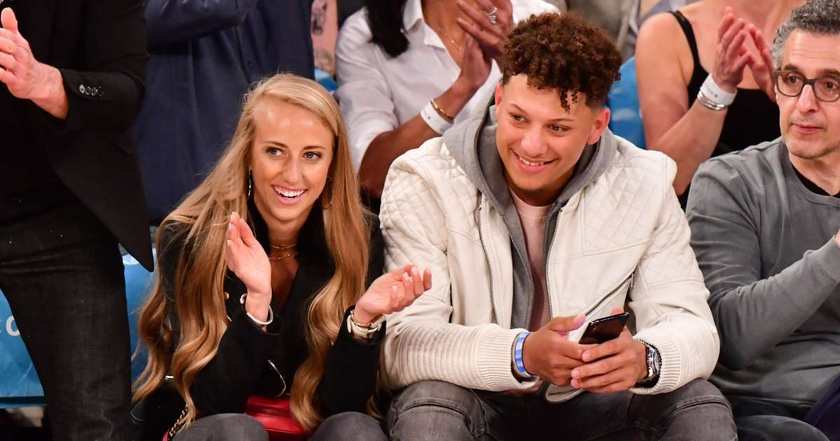 Patrick Mahomes Brittany Matthews reveal baby daughter face new photo