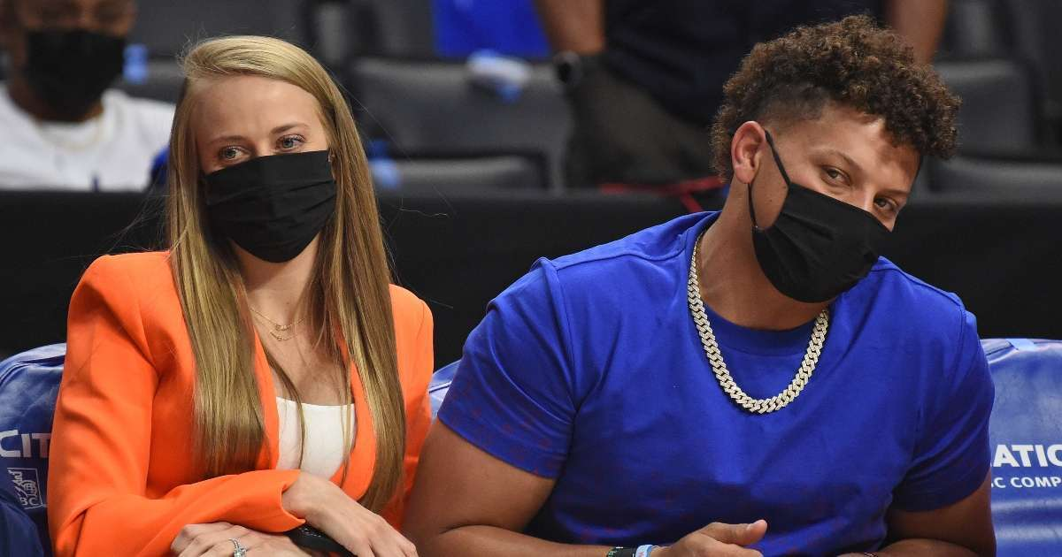 Patrick Mahomes fiancee Brittany Matthews claps back haters body shame her