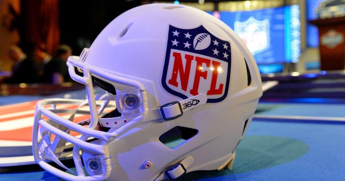 Popular NFL team Chicago Bears up for sale