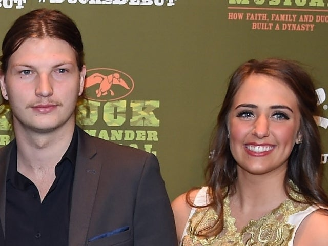 'Duck Dynasty' Couple Expecting First Baby