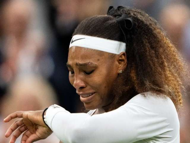 Serena Williams Reacts to Withdrawing From Wimbledon Match