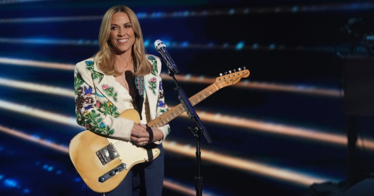 Sheryl Crow Speaks on Sexual Harassment She Endured From Michael Jackson's Manager.jpg