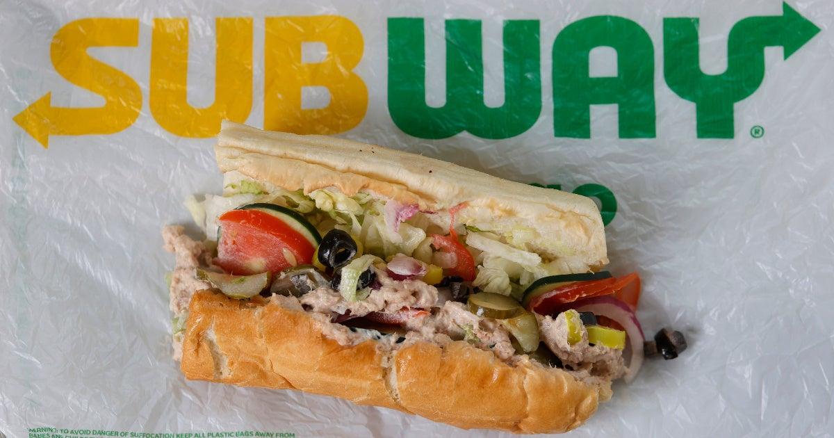 subway-tuna-sandwich