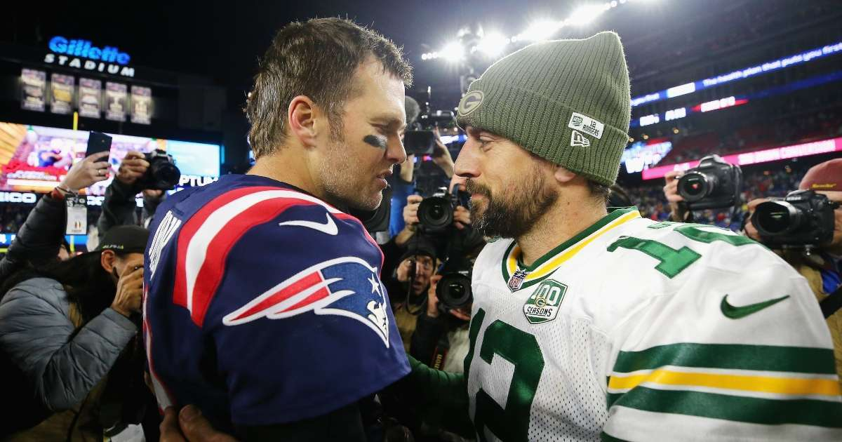 Tom Brady reacts Aaron Rodgers Packers drama