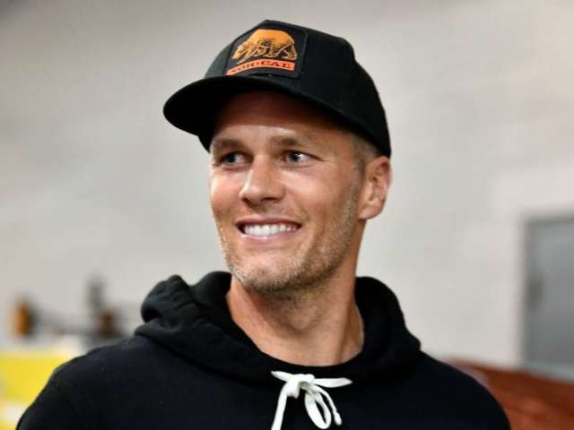 Tom Brady Reacts to LeBron James Not Calling Him the GOAT Athlete