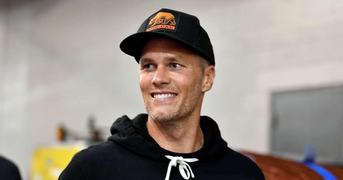 Tom Brady reacts LeBron James not calling Goat athlete