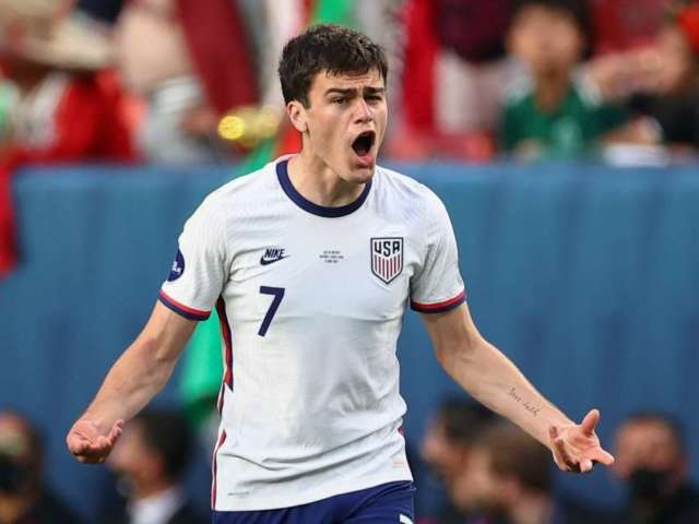 USMNT's Gio Reyna Struck With Coke Bottle After Defeating Mexico, Suspect Arrested