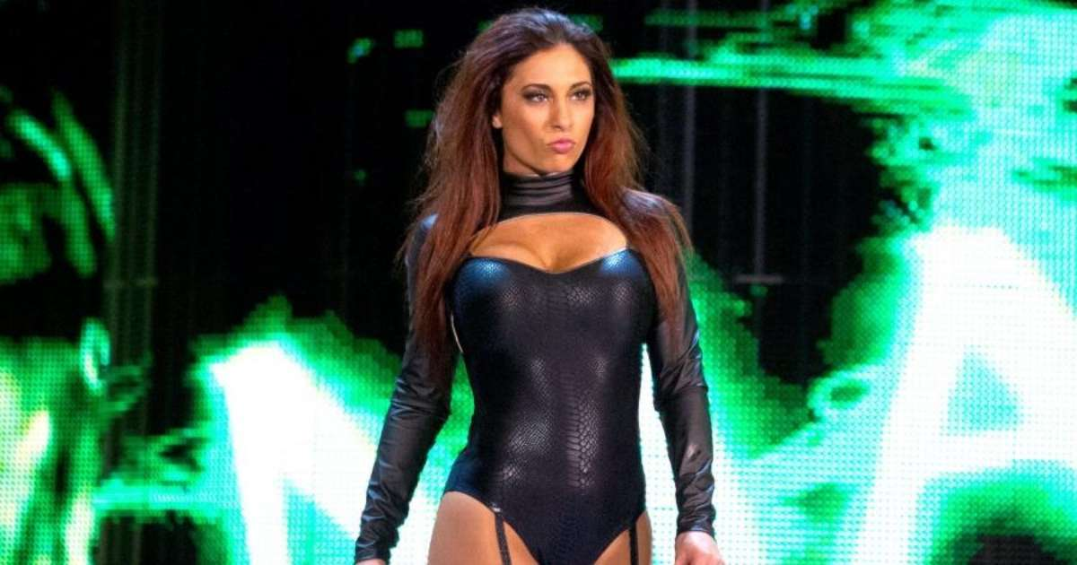 WWE alum Maxine working new cop show