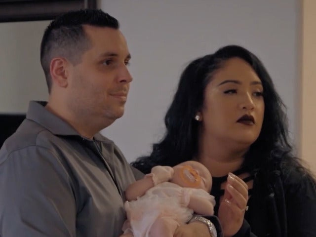 'sMothered' Exclusive Preview: Jason's Mom Won't Hold The Baby