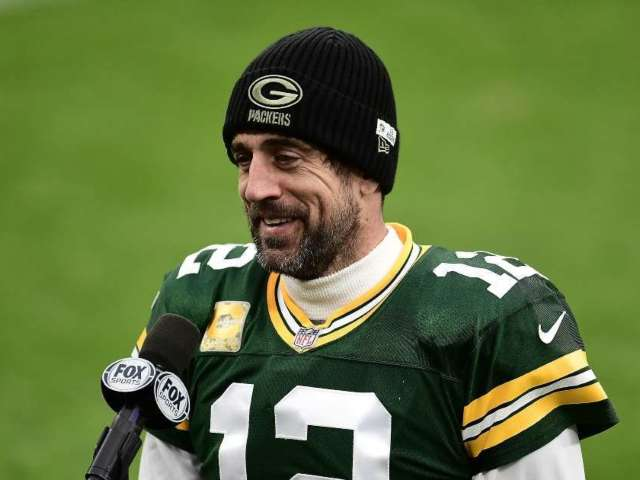 Aaron Rodgers Close to Agreeing on Reworked Contract With Green Bay Packers