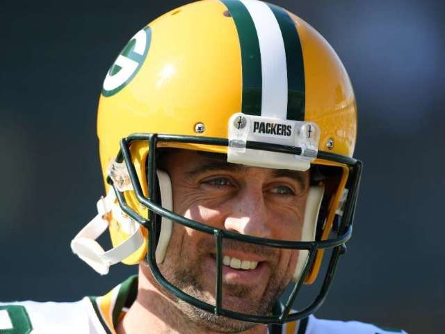 Aaron Rodgers: Everything to Know About His Battle With Packers