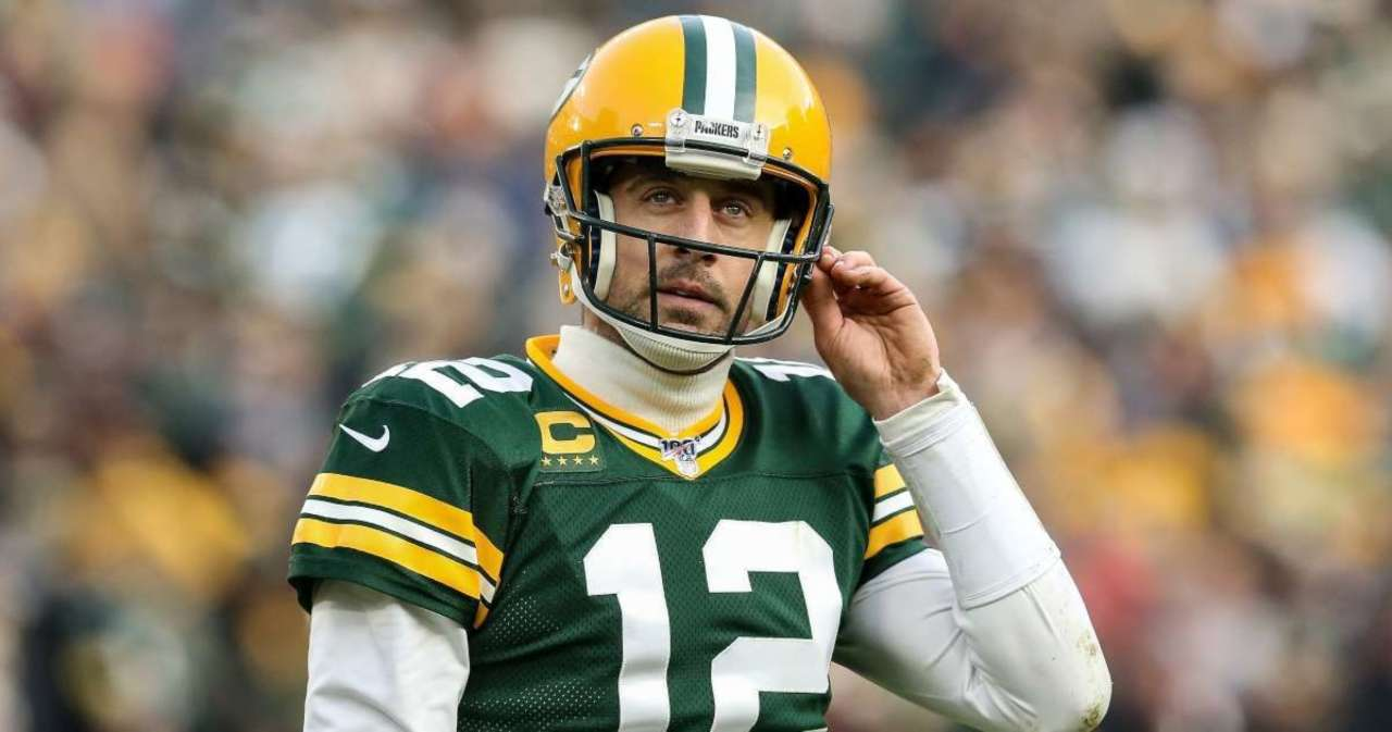 Aaron Rodgers Makes Final Decision on Playing for Green Bay Packers.jpg