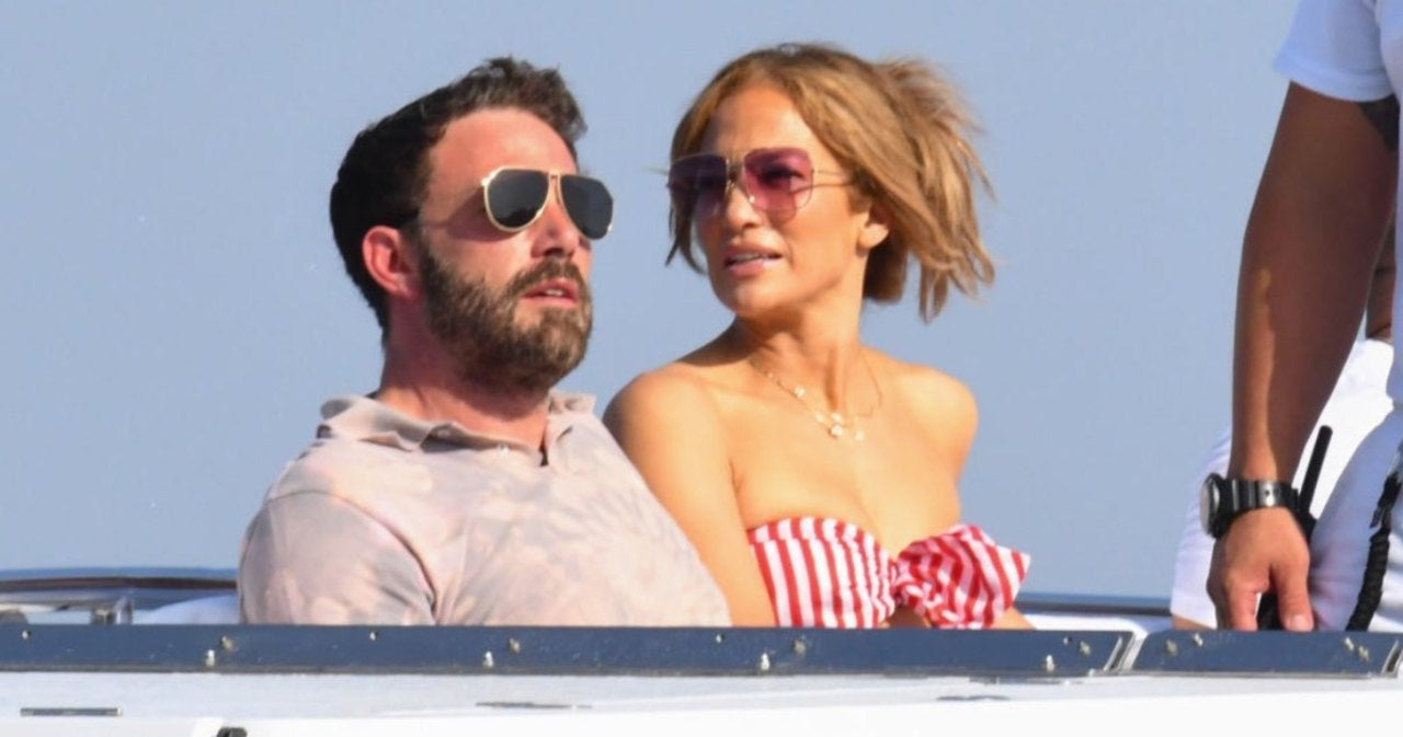 Jennifer Lopez and Ben Affleck Seemingly Recreated 'Jenny From the Block' Music Video During Yacht Outing.jpg