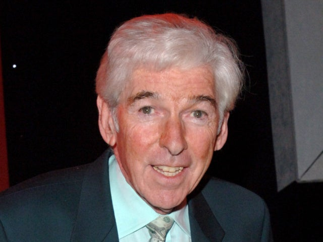 Tom O'Connor, Beloved Comedian, Dead at 81
