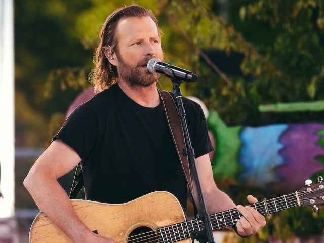 Dierks Bentley Brings Daughter Evie on Stage To Sing 'Different for Girls'