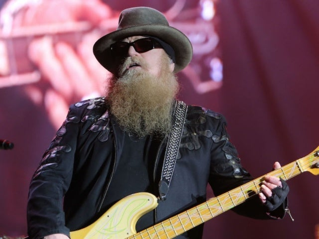 ZZ Top Returns to Stage, Honors Dusty Hill in First Concert Since His Death