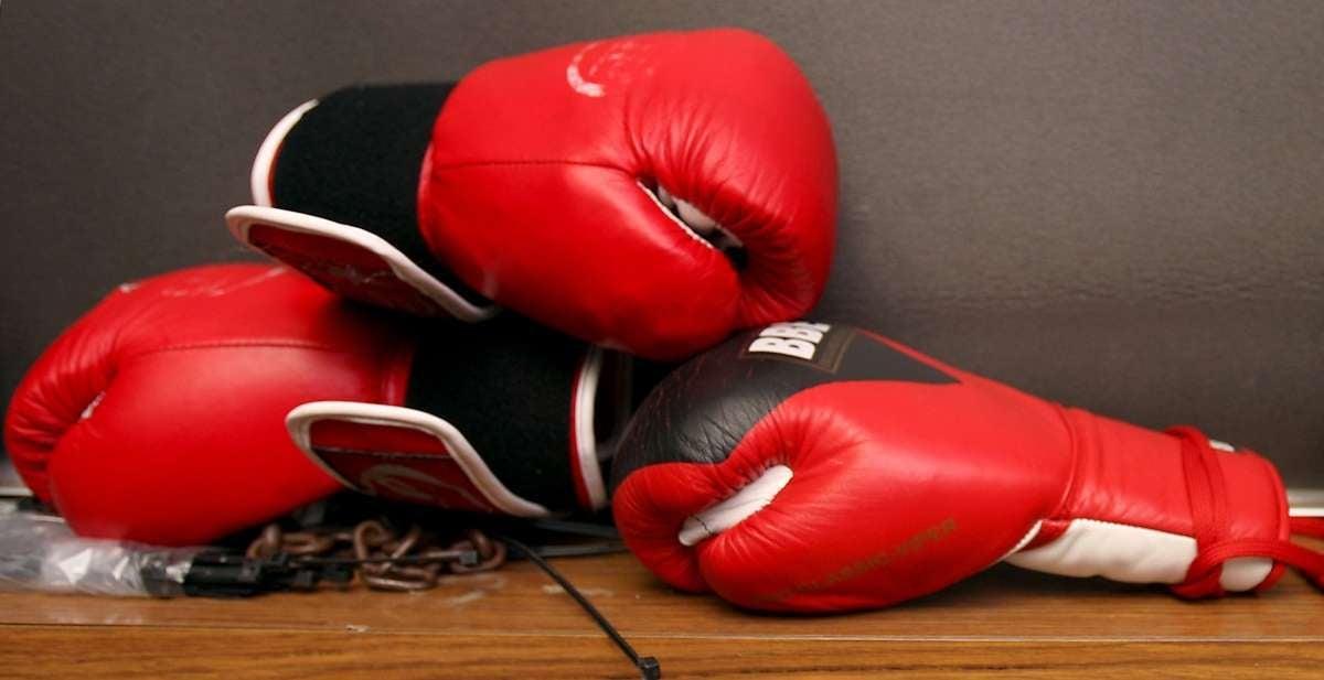 Frank Varey, rising boxing star dead 16