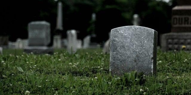 gravestone-generic-stock-getty