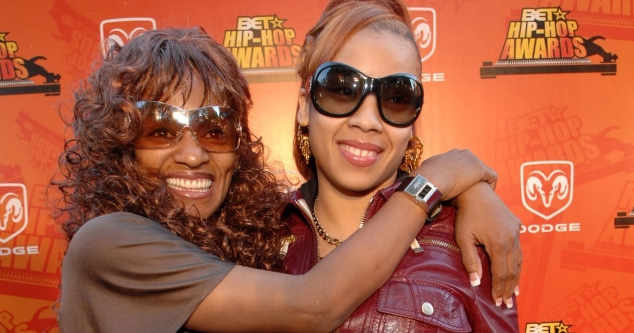 Keyshia Cole Opens up About Mother Frankie Lons Death in Heartbreaking Post.jpg